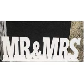 Mr & Mrs felirat tábla