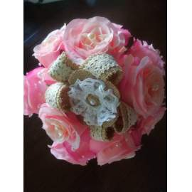 Örök rózsa menyasszony csokor