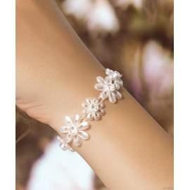 Fehér virágos karkötő,nyaklánc,fülbevaló fehér kristályokkal (10912)
