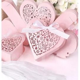 Köszönetajándék doboz rózsaszín szíves