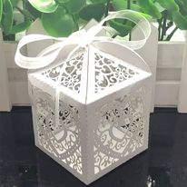 Ajándék doboz szívecskés